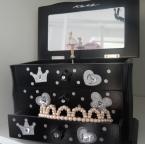 Spieluhr in Schwarz mit Ballerina